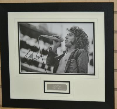 Roger Daltry signed 12 x 8