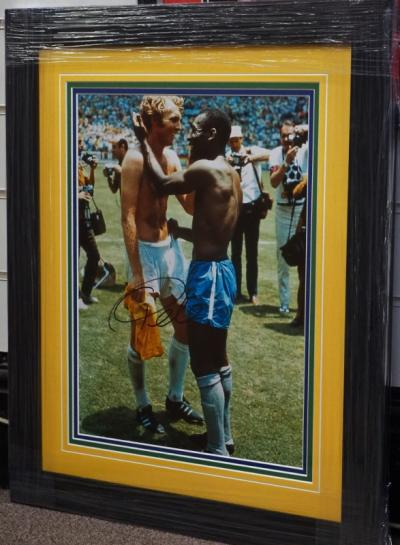 Large Pele signed photo