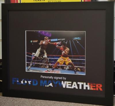 Floyd Mayweather signed photo