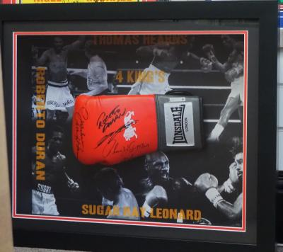 Multi signed glove The 4 Kings